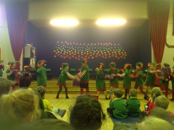 elves christmas show